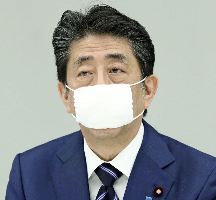 マスク 小さい 首相 安倍